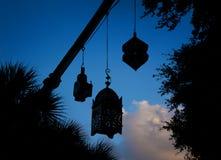 Arabski lampion na niebie obraz stock