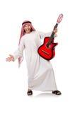 Arabski mężczyzna bawić się gitarę Fotografia Royalty Free