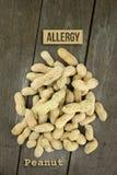 Arachide o arachide, allergia alimentare concettuale & salute Fotografia Stock