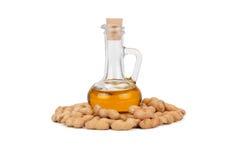 Arachidi ed olio in bottiglia Fotografia Stock