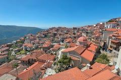 Arachova en Grèce du sud prise en avril 2018 images stock
