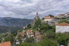 Arachova jest halnym miasteczkiem i poprzednim zarządem miasta w zachodniej części Boeotia, Grecja Obrazy Stock
