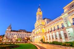Arad Rumänien: Administrativa Palacein den cetral fyrkanten, som arkivbild