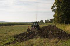 Arado del tractor Imagen de archivo libre de regalías