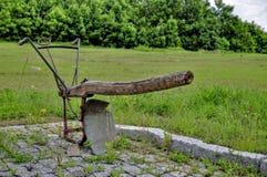 Arado manual velho agrícola Fotos de Stock