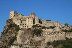 Aragonese Castle, ισχία, Ιταλία Στοκ Εικόνες