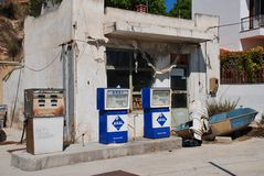 Aral petrol station, Alonissos. A derelict Aral petrol station at Votsi on the Greek island of Alonissos on September 23, 2012. The Aral petroleum brand was Stock Photography