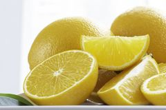 Arance fresche affettate Arance così appetitose fotografie stock