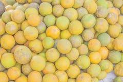 Arance verdi e gialle immagini stock