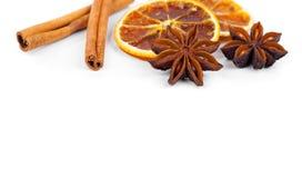 Arancia, cannella e anice stellato asciutti Fotografia Stock