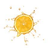 Arancia con spruzzata nella forma della finestra di dialogo fotografia stock libera da diritti