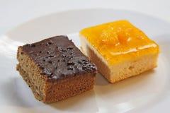 Arancia del dolce e dolce di cioccolato Fotografia Stock Libera da Diritti