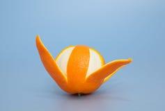 Arancia piacevolmente sbucciata Immagini Stock