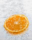 Arancio bagnato Fotografia Stock