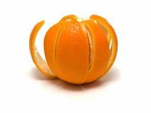 Arancio con la pelle del taglio fotografia stock