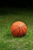 arancio di pallacanestro immagini stock