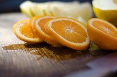 Arancio di recente affettato Fotografie Stock Libere da Diritti