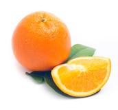 Arancio isolato su bianco Fotografie Stock Libere da Diritti