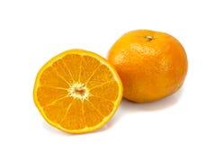 Arancio isolato su priorità bassa bianca Immagini Stock