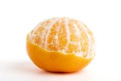 Arancio parzialmente sbucciato immagine stock libera da diritti