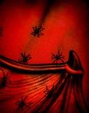 Aranhas no fundo de Dia das Bruxas Fotos de Stock Royalty Free