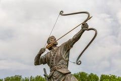 Arash лучник затягивает стрелку Стоковые Изображения RF