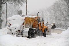 Aratro di neve attaccato Fotografia Stock