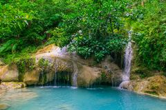 Arawan vattenfall i Thailand Arkivbild