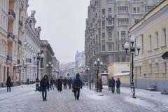 Arbatstraat in Moskou in de winter Stock Foto