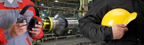 Arbeiders met eenvormige veiligheid stock afbeeldingen
