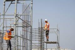 Arbeiders op een bouwwerf Royalty-vrije Stock Fotografie