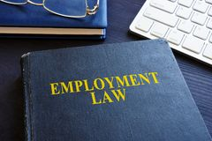 Arbeidsrecht in het bureau stock foto