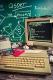 Arbeit über Algorithmus im Computerlabor Stockfotografie