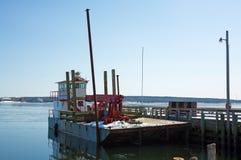 Arbeit Barge herein Winter Lizenzfreie Stockfotografie
