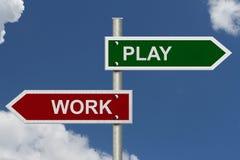 Arbeit gegen Spiel Lizenzfreies Stockbild