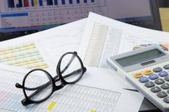 Arbeit und Diagramm Stockbilder