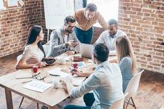 Arbeiten als Team Lizenzfreie Stockfotos