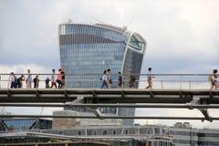 Arbeiten in London-Finanzmitte lizenzfreies stockbild