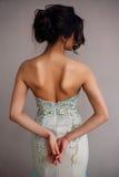 Arbeiten Sie Foto schöner Dame im eleganten Abendkleid um stockfotos