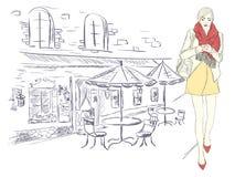 Arbeiten Sie Mädchen in der Großstadt auf dem Hintergrund der Architektur um Lizenzfreies Stockbild