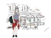 Arbeiten Sie Mädchen in der Großstadt auf dem Hintergrund der Architektur um Stockfoto