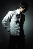 Arbeiten Sie Portrait des jungen Geschäftsmannes um Stockbilder