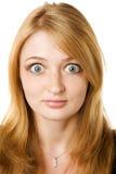 Arbeiten Sie Portrait des schönen blonden Mädchens um lizenzfreies stockfoto