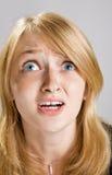 Arbeiten Sie Portrait des schönen blonden Mädchens um stockfotos