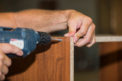 Arbeitskraft auf Möbelfabrik Stockfoto