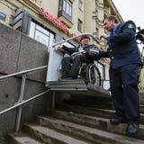 Arbeitskraft des Untergrund hilft zum Behinderter Stockbilder