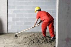 Arbeitskraft mischt Schmutz lizenzfreie stockbilder