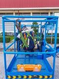 Arbeitskraftsicherheitsuniform auf Baugerüst, Kopienraum Lizenzfreies Stockfoto