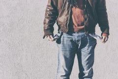 Arbeitslos, deprimiert und brach Mann Stockbild