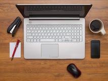 Arbeitsplatz im Büro Lizenzfreie Stockfotos